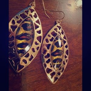 Chico's tiger eye earring
